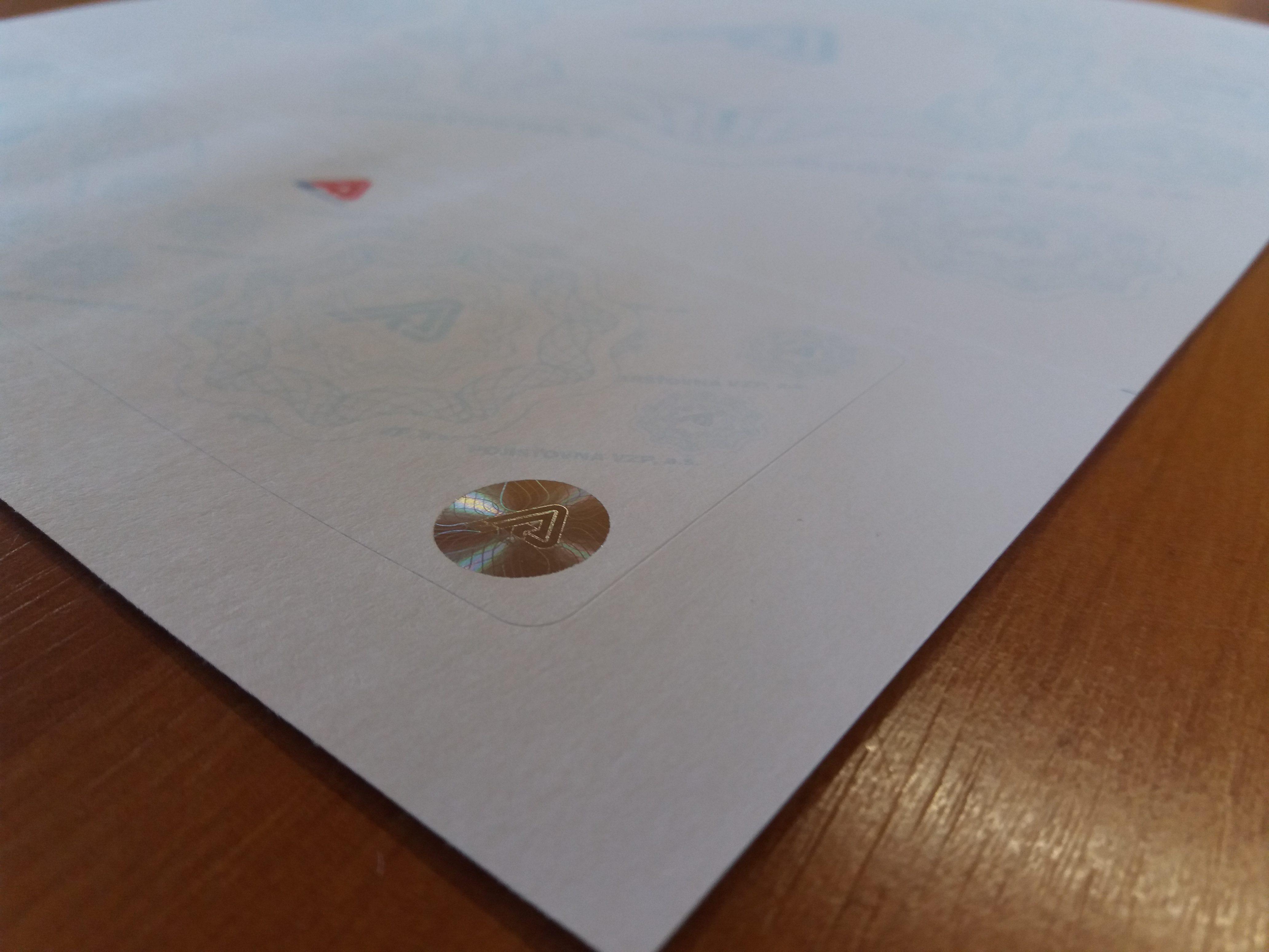 Formuláře s hologramem